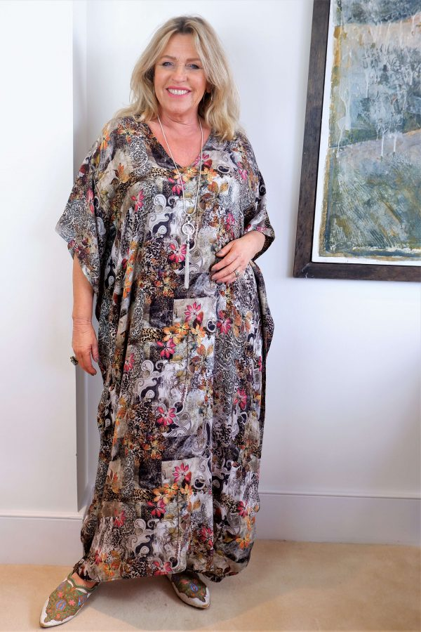 Woman wearing Kasbah Clothing Katya kaftan