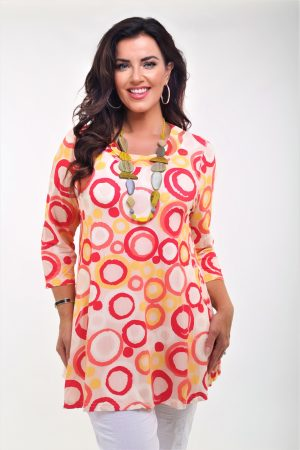 Woman wearing Pont Neuf Rina circle tunic in raspberry