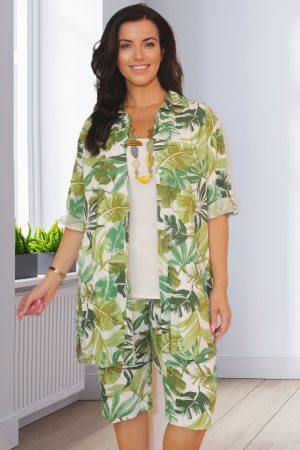 Model is wearing Verpass linen mix palm print shirt by Verpass