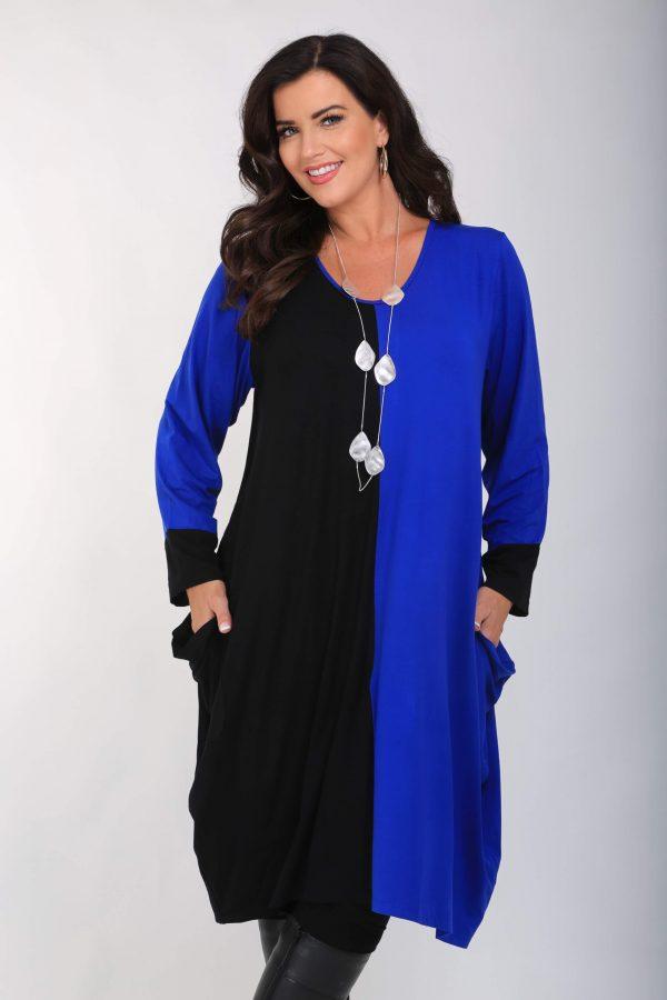 Model is wearing Angel Circle 2 tone jersey tunic in cobalt/black