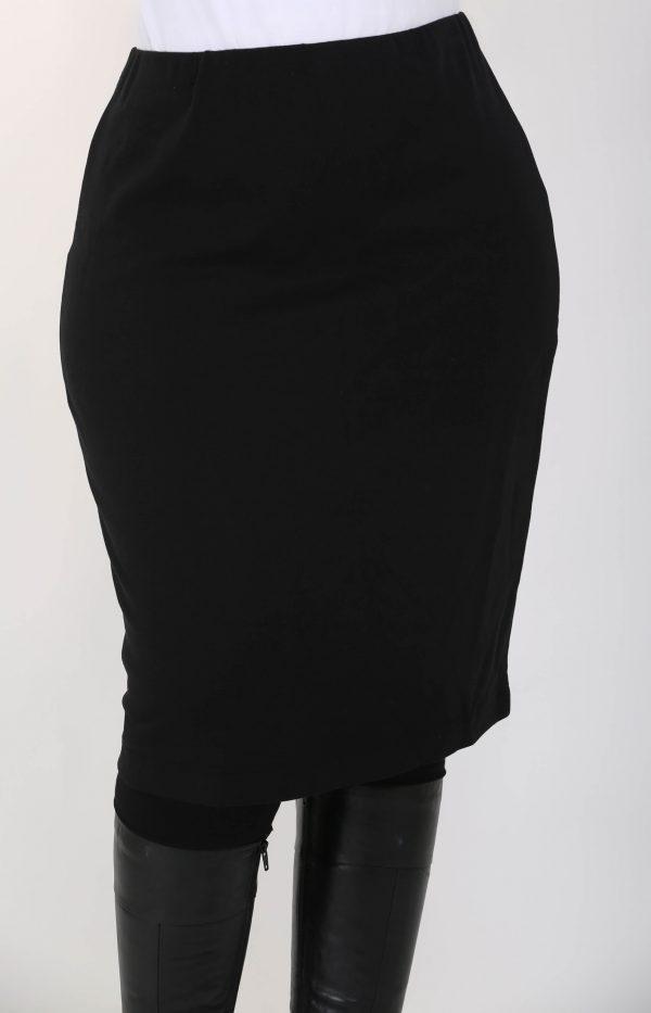 Woman is wearing black jersey skirt by Doris Streich